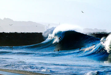 playas de California con grandes olas surf